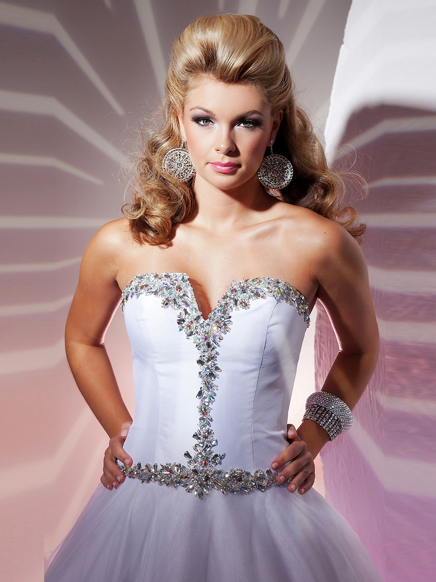 Fetching Ball Gown Strapless Sweetheart Sequined Trim Taffeta Tulle Quinceanera Dresses