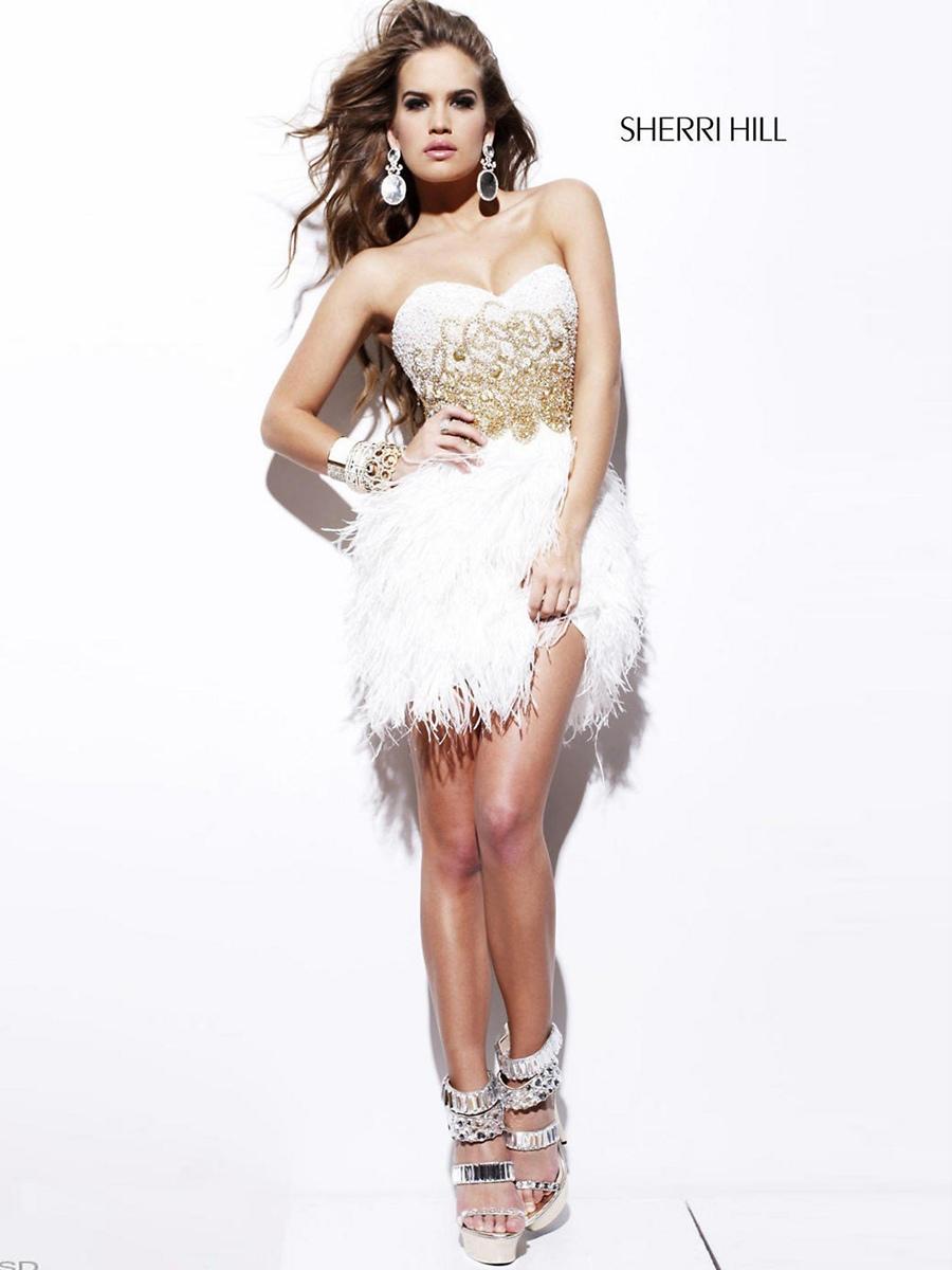 Chic Sweetheart Strapless Elegant White Dress with Natural Waistline