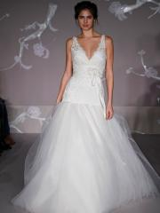 Angel Deep V-Neck Lace Tulle Ball Gown Dress