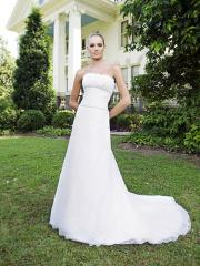 Captivaiting Strapless Empire Gown of Chapel Train and Motif