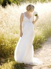 Chiffon Embroidery v-neckline Floor Length Wedding Dress