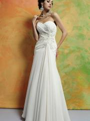 Chiffon Material Wedding Dress with Strapless Sweetheart Neckline Empire Waist and Full Length Skirt