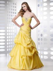 Fabulous Stylish Sequined Sweetheart Neckline A-line Pick-up Skirt Quinceanera Dresses