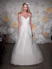 Fanciful Spaghetti Sweetheart Lace Hemmed Wedding Gown