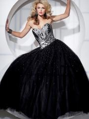 Fancinating Floor-length Sweetheart White and Black Ball Gown Dress with Beadings