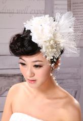 Fantastic Cubic Zirconia Pearl  Tulle Veil with Flower Pattern