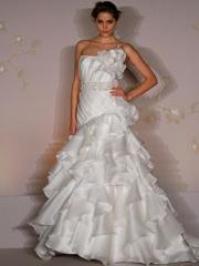 Legendary Strapless Mermaid Gown of Tiered Skirt and Floral