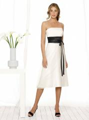 Mixing White Black Tea-Length Junior Bridesmaid Gown of Band and Bow Front Waist for Sale
