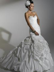 Nice Tiered Strapless Pleated  Wedding Dress in White
