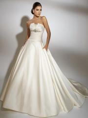 Nice Stain StaplessTiered Wedding Dress with Flower Tie