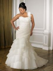 Plus-Size A-Line with One-Shoulder Neckline Wedding Dress
