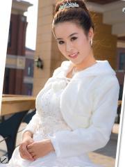 Stunning Wedding Jacket in Faux Fur with Long Sleeve Wedding Wraps