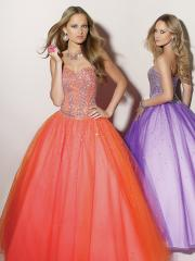 Vintage Sweetheart Neck Ball Gown Purple or Orange Tulle Underlay Beaded Quinceanera Gowns